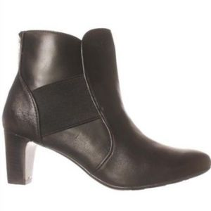 Taryn Rose Dwayne Zipper Ankle Boots Bootie Shoes
